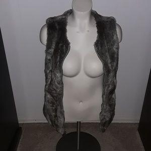 Express reversible fur zipped vest
